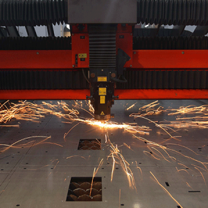 מכונה לחיתוך בלייזר CNC אמאדה AMADA