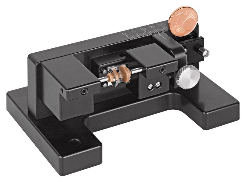 מתקן דפינה חלקים קטנים מכונת מדידה MITUTOYO DEA XYZ CMM